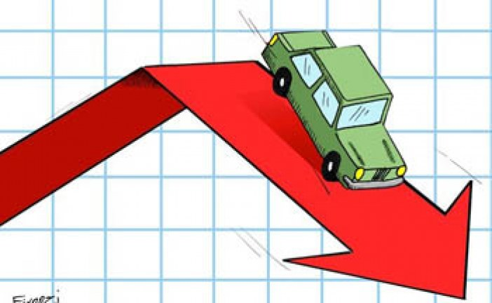 روند نزولی قیمت خودروهای وارداتی