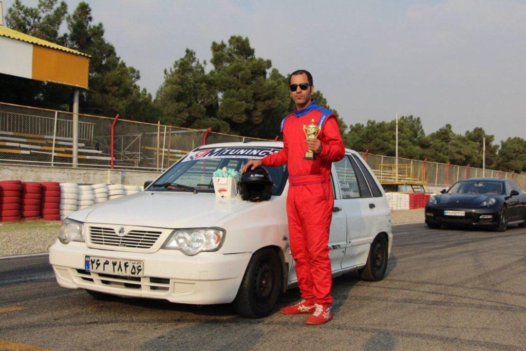در رقابت های اتومبیلرانی کشور ورزشکار گیلانی مقام سوم را کسب نمود